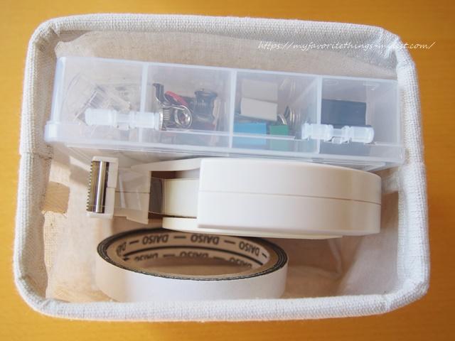 セリア プラスチックの仕切りケース16