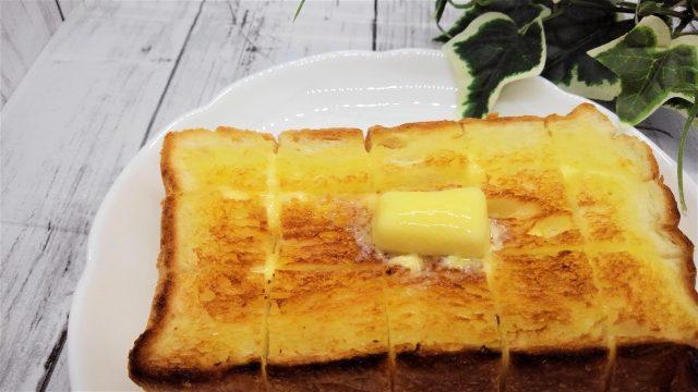 バターと酒粕の揚がぺシロップトースト